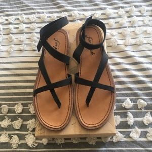 BRAND NEW free people sandals